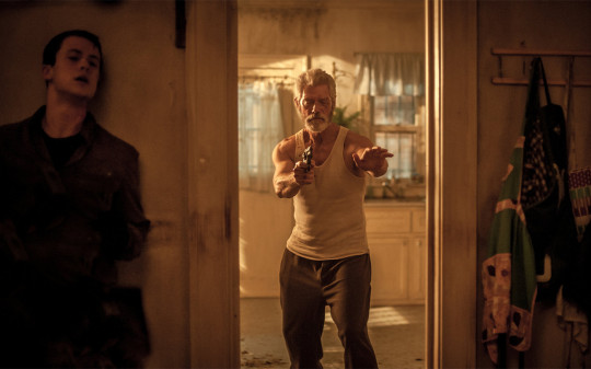 "Vom Gejagten zum Jäger: Stephen Lang in ""Don't Breathe"" 