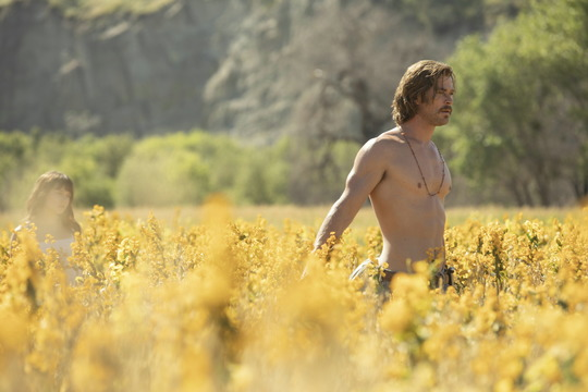 Szenenbild aus Bad Times at the El Royale mit Chris Hemsworth