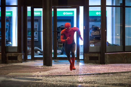 Szenenbild aus Spider-Man: Homecoming mit Tom Holland
